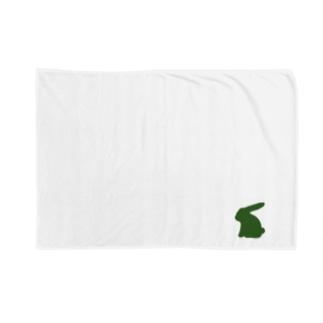 緑のお座りうさぎ Blankets