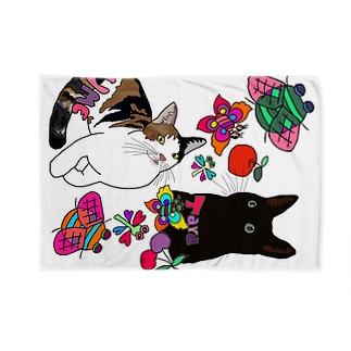 タラ&ウメちゃん😍❤️💗 Blankets