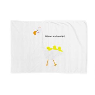鳥と子供三羽 Blankets