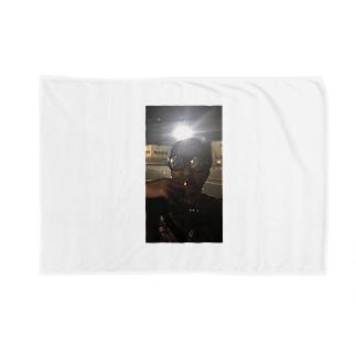 最強のクズkenji Blankets