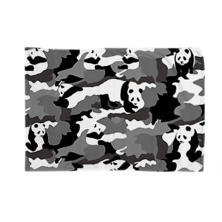 パンダカモ Blankets