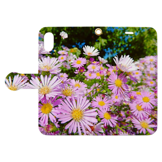 DOLUXCHIC RAYLOのPink flowers  Book-style smartphone caseを開いた場合(外側)