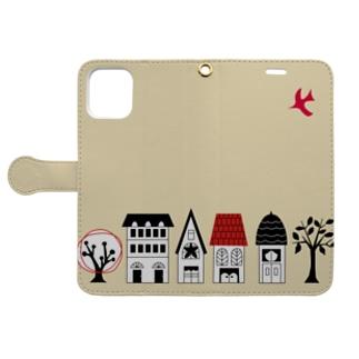 赤い鳥と家並み Book-style smartphone case