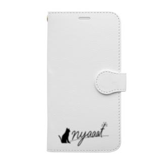 nyaaat公式ネコアイテム Book-Style Smartphone Case