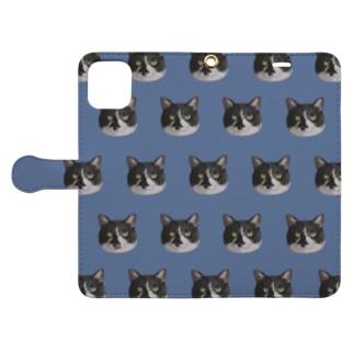 てへぺろマオ 群青色 Book-style smartphone case