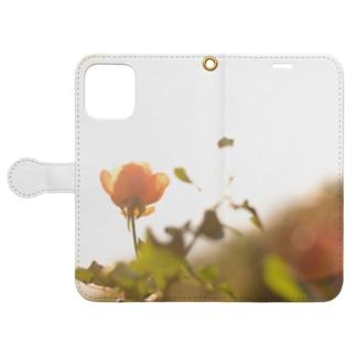 逆光の薔薇 Book-style smartphone case