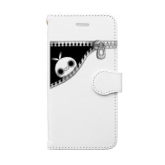 クレイジー闇うさぎ(ちらり) Book-style smartphone case