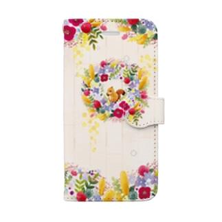 リスと秋色のリース Book-style smartphone case