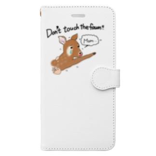 子鹿に触らないで! Book-style smartphone case