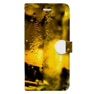 店ショップのキンッキンに冷えた生ビール Book-style smartphone case