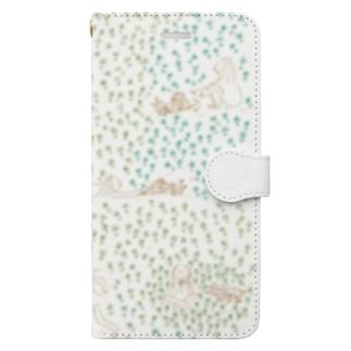四つ葉のクローバー探そう Book-style smartphone case