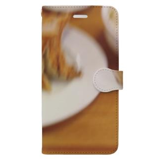 躍動感のある餃子 Book-style smartphone case