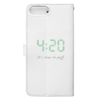 """Plantyの420 """"It's time to puff"""" アイテム Book-style smartphone caseの裏面"""