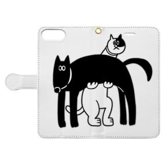 犬を持った猫 Book-style smartphone case