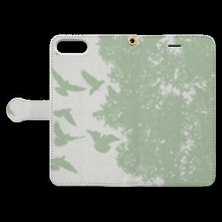 Fukuko55の鳥と木(グリーン) Book-style smartphone caseを開いた場合(外側)