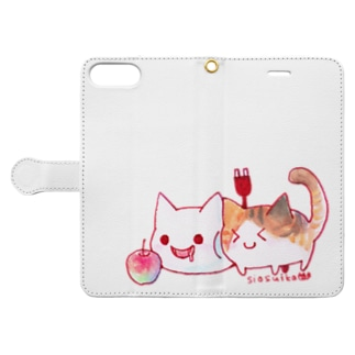 ねこさんと三毛猫とリンゴ Book-style smartphone case