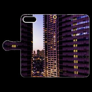 ANGOの高層ビル群、夜景 Book-style smartphone caseを開いた場合(外側)