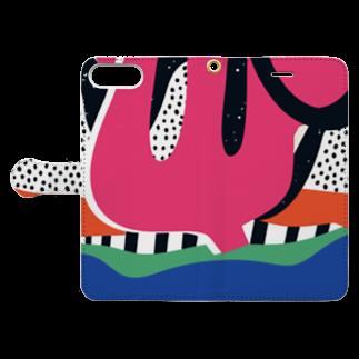 SANKAKU DESIGN STOREのビビッド三叉なモダンアート。 Book-style smartphone caseを開いた場合(外側)