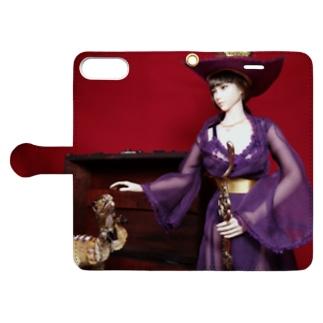 ドール写真:美少女魔法使いとヴェロキラプトル Doll picture: Pretty witch & Velociraptor Book-style smartphone case