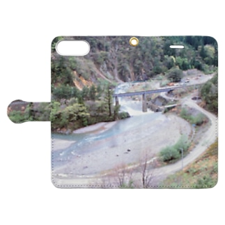 日本の山:田沢湖線が見える風景 Japanese mountain and rail Book-style smartphone case