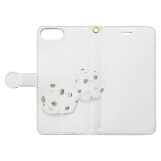 Michiru Kitchenの豆大福 Book-style smartphone caseを開いた場合(外側)