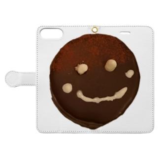 ザッハトルテの微笑み Book-style smartphone case