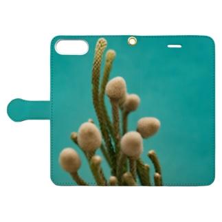 腐海に生えている植物 Book-style smartphone case