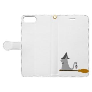 とんがり帽子猫(箒ランプ) Book-style smartphone case