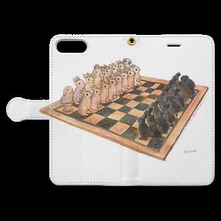 SCHINAKO'SのRabbit chess Book-style smartphone caseを開いた場合(外側)