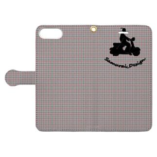 サムライデザインウォレットフォンケースのサムライヴェスパ×グレイチェック Book-style smartphone caseを開いた場合(外側)