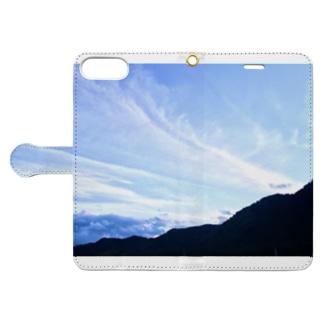 流れるような空 Book-style smartphone case