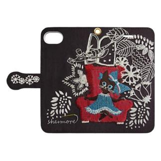 (iphone) 子猫と郵便配達のお話 Book style smartphone case