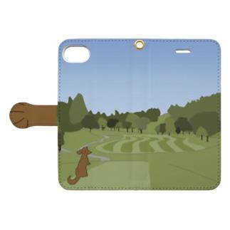 ゴルフ場に愛犬と【iPhone SE/8/7用】 Book-style smartphone case