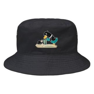 CT159 ネギを値切っている鴨カモ*C*大きいイラスト*白フチあり Bucket Hat