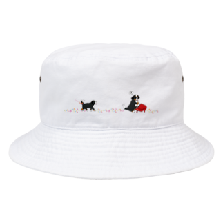 ミナミハチゴーのお散歩バーニーズ犬ピアノ Bucket Hat