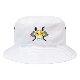 ツインオカメチドリ Bucket Hat