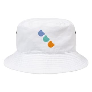 ナナメクマ Bucket Hat