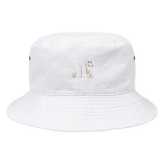 もう動けない母カンガルー(動物の運動会) Bucket Hat