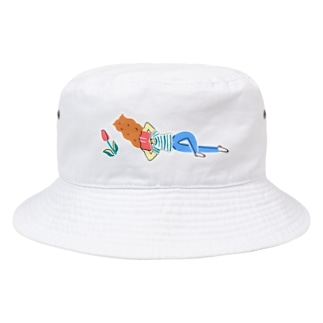 寝そべって本 Bucket Hat