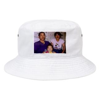 プリキュアのお父さんお母さん幸せだねぇ Bucket Hat