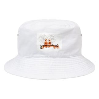 色々雑貨屋さんの花火を見ながら Bucket Hat