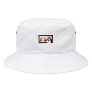 びぃ助と犬の窓からひょっこり Bucket Hat
