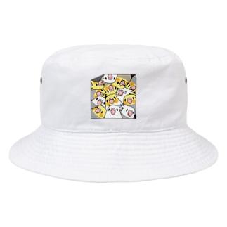 三密です!むちむちオカメインコさん【まめるりはことり】 Bucket Hat