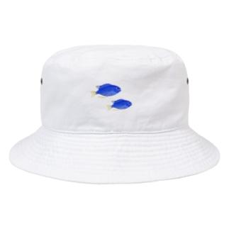青い魚のソラスズメダイ Bucket Hat