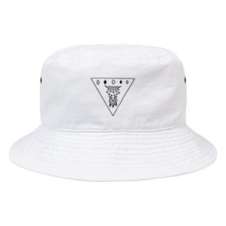 閉眼逆トライアングル 黒 Bucket Hat