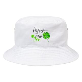 たくさんクローバーでHappy Bucket Hat