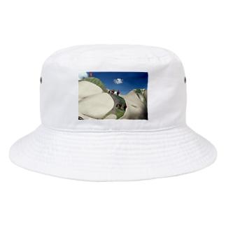 世界最高峰女体山に登頂するアタック隊 Bucket Hat