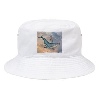 晴れた空から彩を晴らすクジラ Bucket Hat