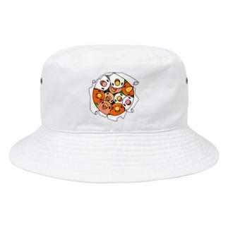 三密です!むちむちコザクラインコさん【まめるりはことり】 Bucket Hat