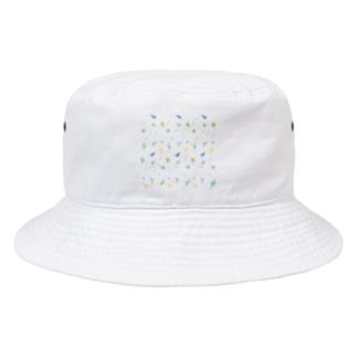 いっぱいセキセイインコちゃん【まめるりはことり】 Bucket Hat